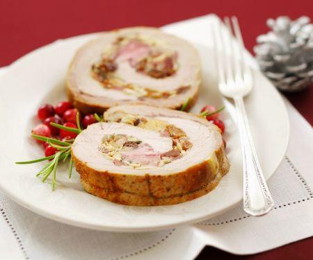 Schweinerollbraten mit Mandel-Rosinen-Füllung