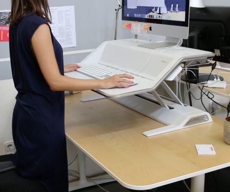 Stehtisch: Sitz-Steh-Workstation