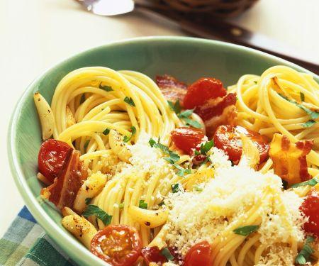 Spagehtti mit Tomaten
