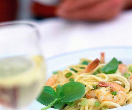 Spaghetti mit Garnelen und Zitronensauce