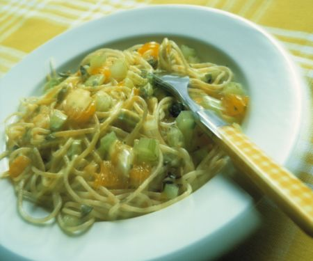 Spaghetti mit Gorgonzola-Mandarinen-Creme