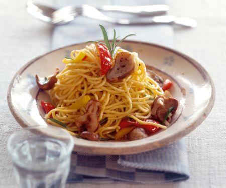 Spaghetti mit Steinpilzen und Paprika