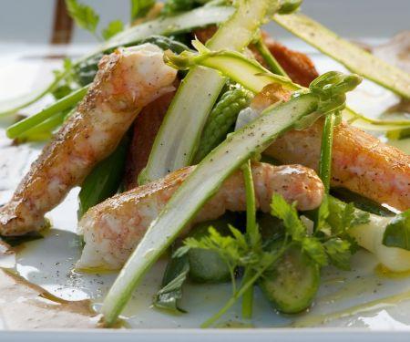 Spargel-Gemüsessalat mit gebratenem Kaiserhummer