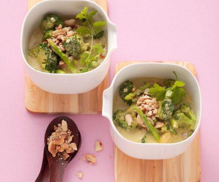 Spargel-Kokoscurry mit Brokkoli