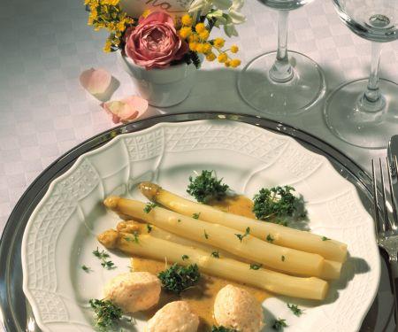 Spargelsalat mit Lachsmousse
