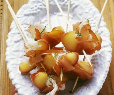 Spießchen mit Speck und Apfel