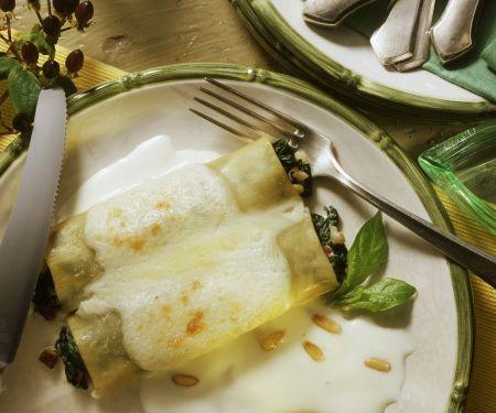 Spinat-Cannelloni mit Béchamelsoße