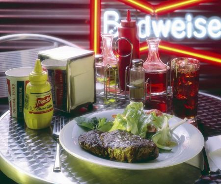 Steak mit Eissalat