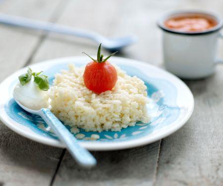 Sternchennudeln mit Tomatensauce