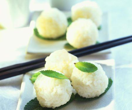 Süße Reisbällchen