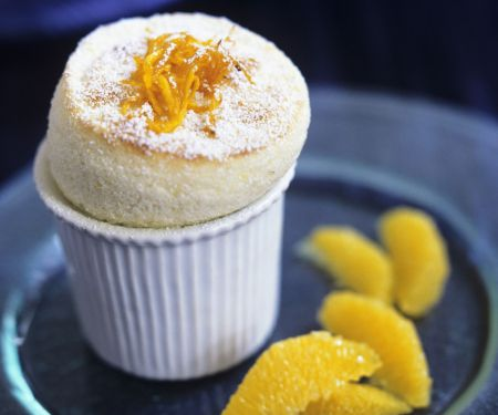 Süßes Soufflee mit Orange