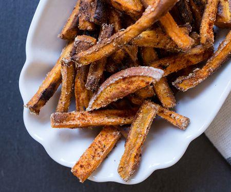 Süßkartoffel-Pommes aus dem Ofen