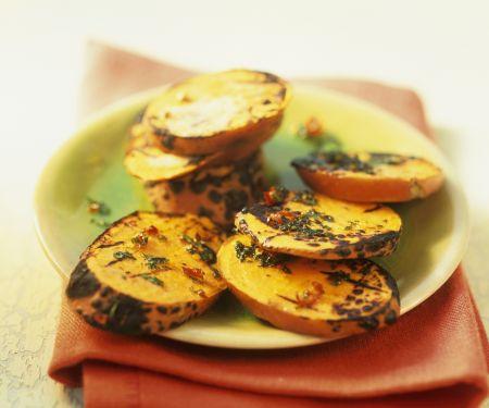 Süßkartoffelscheiben vom Grill