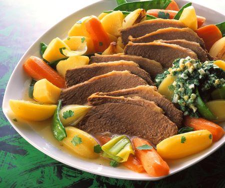 Suppenfleisch mit Gemüse