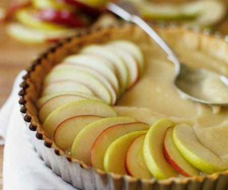 Tarte mit Äpfeln und Marzipancreme