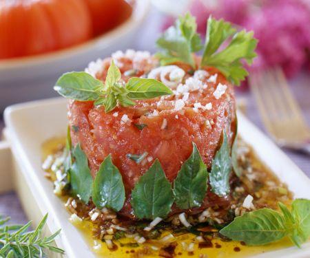 Tatar aus Tomaten mit Balsamico