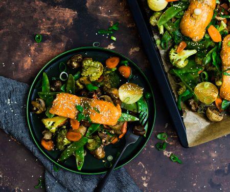 Teriyaki-Lachs mit Gemüse vom Blech