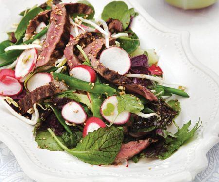 Thailändischer Rindfleischsalat mit Limettenvinaigrette