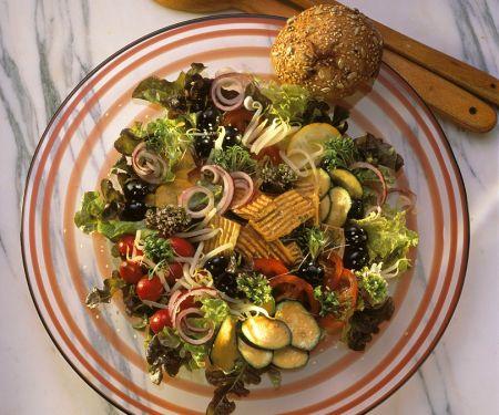 Tofu-Sprossen-Salat mit Gemüse