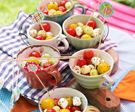 Tomate-Mozzarella-Bällchen