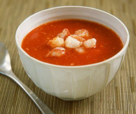 Tomaten-Kaltschale mit Hummer