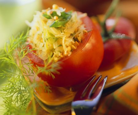 Tomaten mit Buchweizenfüllung