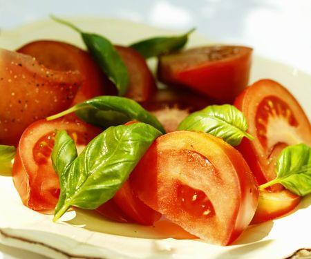 Tomaten und Basilikum