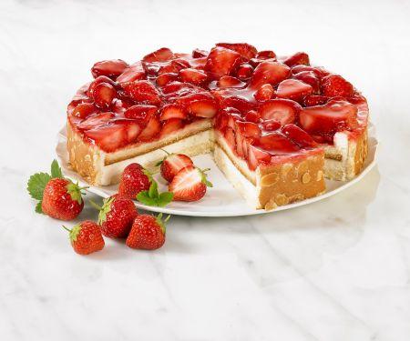 Torte mit Erdbeeren