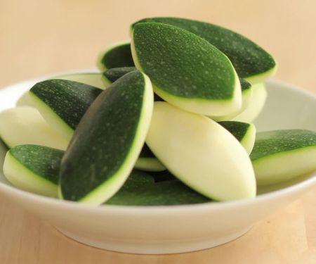 Tournierte Zucchini