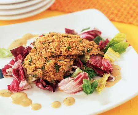 Überbackene Forelle auf Salat