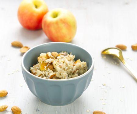 Vanille-Hafer-Porridge mit Leinsamen und Apfel