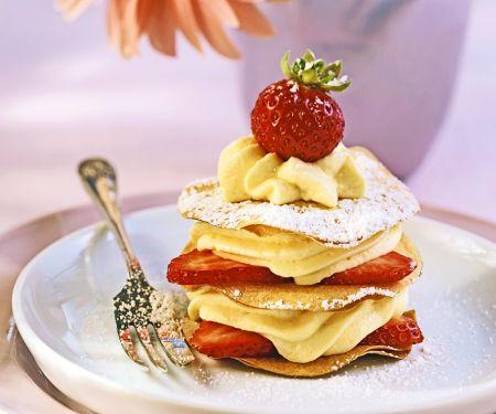 Vanillecreme-Erdbeertörtchen