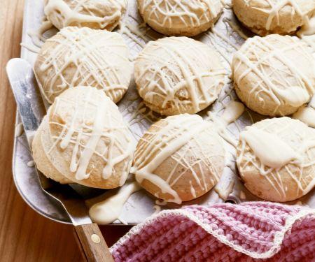 Vanillemuffins mit weißer Schokolade