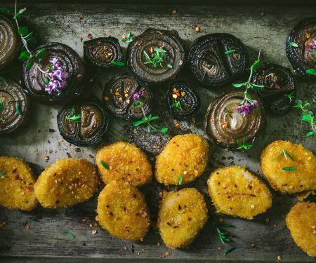 Vegane Beflügel-Nuggets mit marinierten Thymian-Zwiebeln