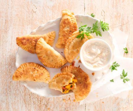 Vegane Teigtaschen mit Kürbis-Paprika-Füllung