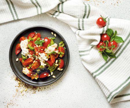 Veganer Tomatensalat à la Caprese