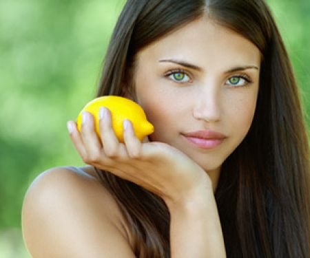 Vitamine für die Haare   © BestPhotoStudio - Fotolia.com