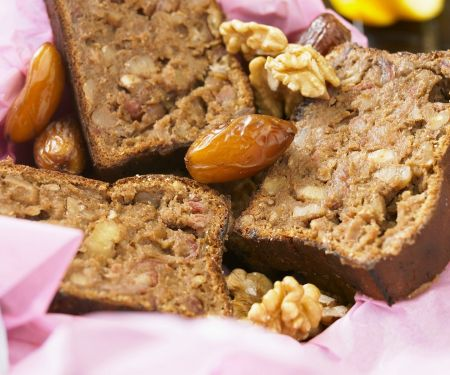 Walnuss-Dattel-Brot