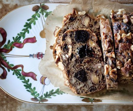 Walnuss-Pflaumen-Brot