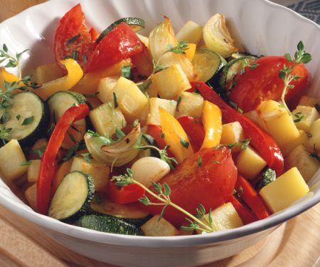 Warmer Kartoffel-Gemüse-Salat