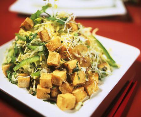 Warmer Kohlsalat mit Tofu