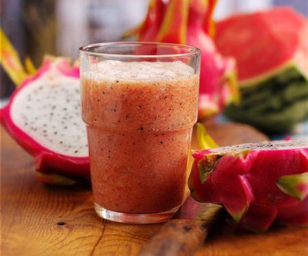 Wassermelonen-Smoothie mit Pitahaya