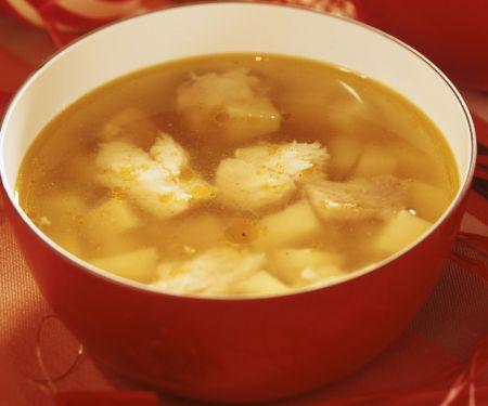 Weihnachtliche Fisch-Kartoffelsuppe