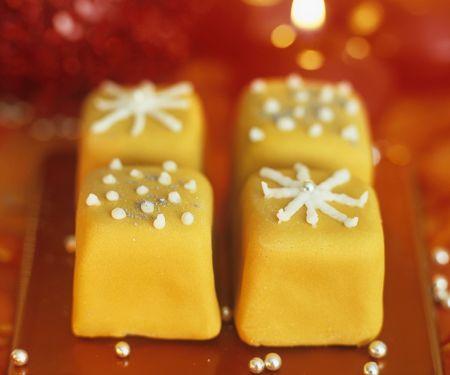 Weihnachtliche Petit Fours