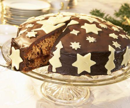 Weihnachtskuchen mit Marzipandekoration