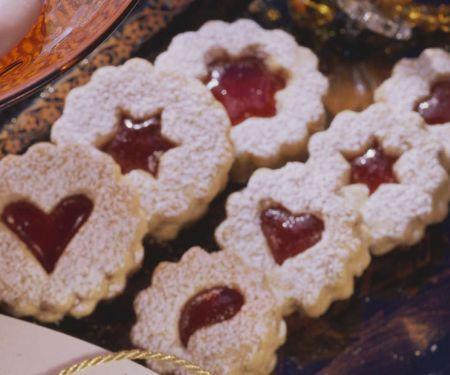 Weihnachtsplätzchen mit Marmelade