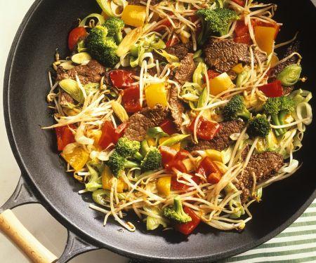 Wokgemüse mit Rindfleisch