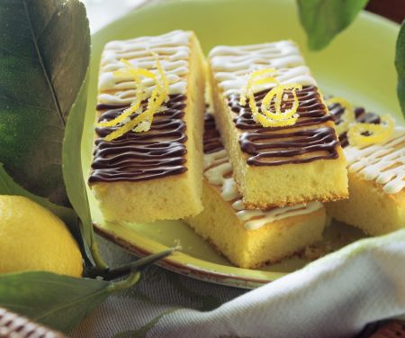 Zitronenschnitten mit Schokoglasur