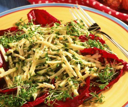 Zucchini-Käse-Salat mit Kresse
