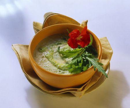Zucchini-Kräutersuppe